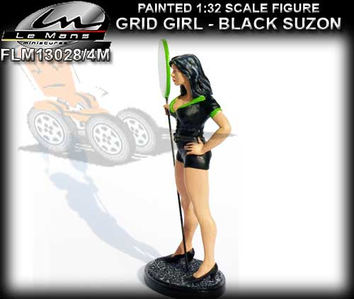 LE MANS MINIATURES FLM132028/4M - Grid Girl - Suzon with sign