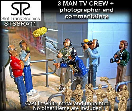 STS FIGURES SRAF11 - TV crew figures (metal and unpainted)